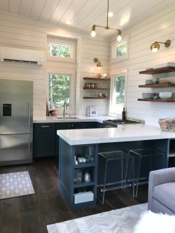 tiny_house_kitchen_wide
